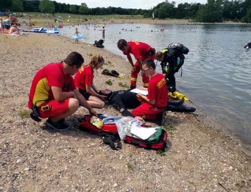 Rettungsübung der DLRG Leverkusen am Hitdorfer See